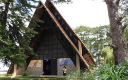 Nhà thờ Cam Ly – Địa điểm du lịch tôn giáo hấp dẫn tại Đà Lạt