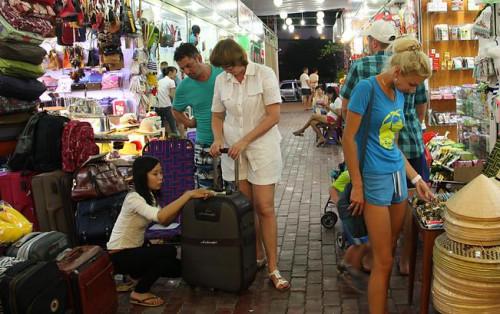 Những điểm mua sắm quà lưu niệm ở Nha Trang