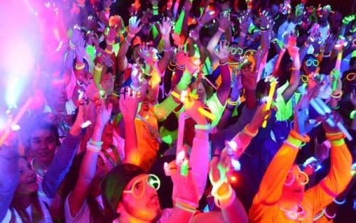 """""""Neon Party"""" tại thành phố Đà Nẵng về đêm"""