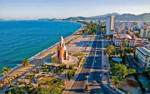 Tháp Trầm Hương biểu tượng du lịch của thành phố Nha Trang