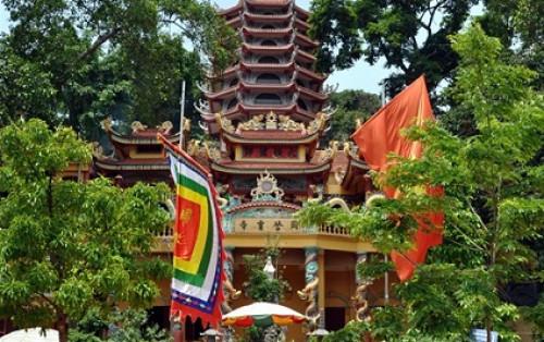 Trải nghiệm hành trình tâm linh với du lịch đền Mẫu Đồng Đăng