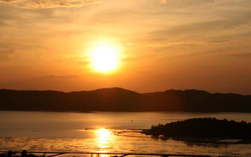 Đầm Ô Loan mộng mơ xứ Hoa Vàng Trên Cỏ Xanh ở Phú Yên