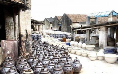 Làng gốm Bát Tràng – địa điểm du lịch độc đáo ngay trong ngày cực gần Hà Nội