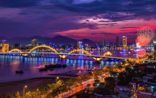 Cầu Rồng Đà Nẵng phun lửa – mang khát vọng vươn mình ra biển lớn