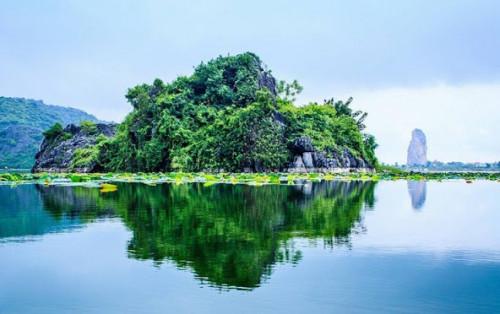Kinh nghiệm đi hồ Quan Sơn Hà Nội từ A – Z