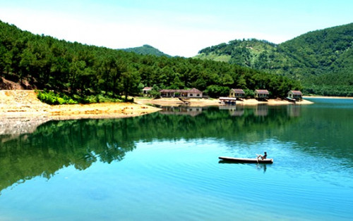 Kinh nghiệm cho chuyến đi khu du lịch sinh thái hồ Trại Tiểu
