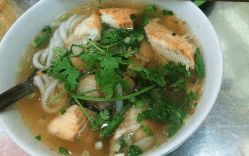 Thử rồi sẽ biết bánh canh cá lóc ở Sài Gòn làm thức dậy vị giác trong bạn
