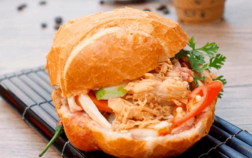 Căng tròn bụng với 9 quán bán bánh mì Sài Gòn thơm ngất ngây