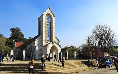 Nhà thờ đá Sapa: Biểu tượng của thành phố sương mờ