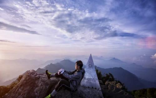 Kinh nghiệm đi Fansipan – Cáp treo hay leo núi?