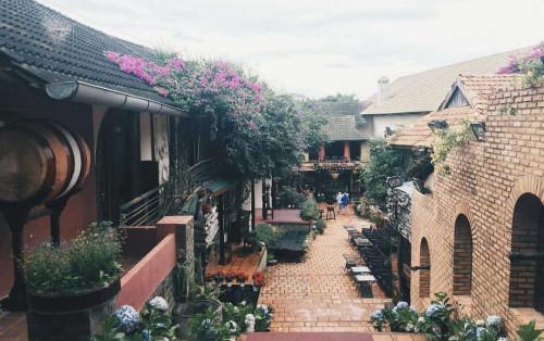 XQ Sử quán – Ngôi làng độc đáo làm nao lòng khách du lịch ở Đà Lạt