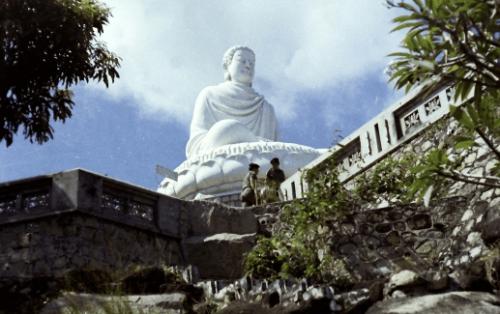 Cầu an đầu năm với nhiều may mắn ở 11 ngôi chùa linh thiêng ở Vũng Tàu