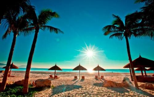 """""""Quẩy khắp Nha Trang """"với top 24 khách sạn ưu đãi đặc biệt chỉ có tại VNTRIP.VN!"""