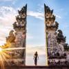 """""""Pose ảnh ngàn like"""" với cánh cổng trời Bali đẹp chất ngất"""