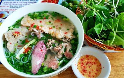 """8 món ăn sáng Phú Quốc được yêu thích """"không thể bỏ qua"""""""