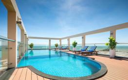 """Khách sạn Corvin Vũng Tàu 3 Sao – """"Sát Sít"""" bãi biển Thùy Vân"""