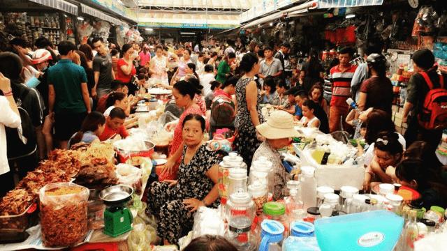 Khám phá 2 khu chợ nổi tiếng Đà Nẵng
