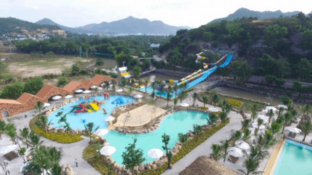 Các hoạt động vui chơi khác bên hồ bơi trong khu suối khoáng nóng I-Resort (Ảnh: Sưu tầm)