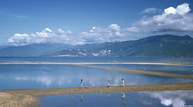 Vẻ đẹp hoang sơ của Vịnh Vân Phong - Đặc khu Kinh tế của tỉnh Khánh Hòa tương lại