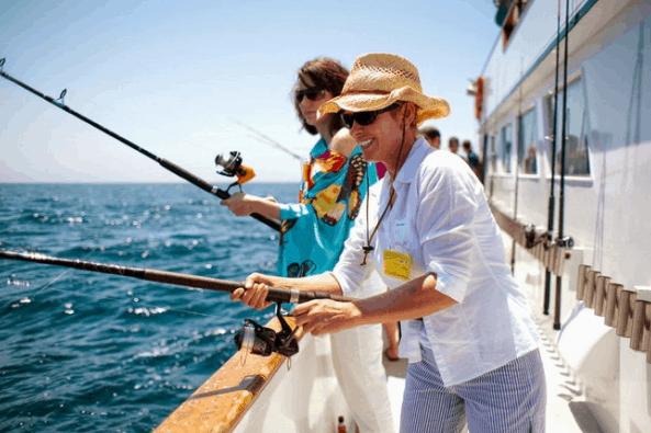 Trải nghiệm hoạt động câu cá tại vùng biển Phú Quốc