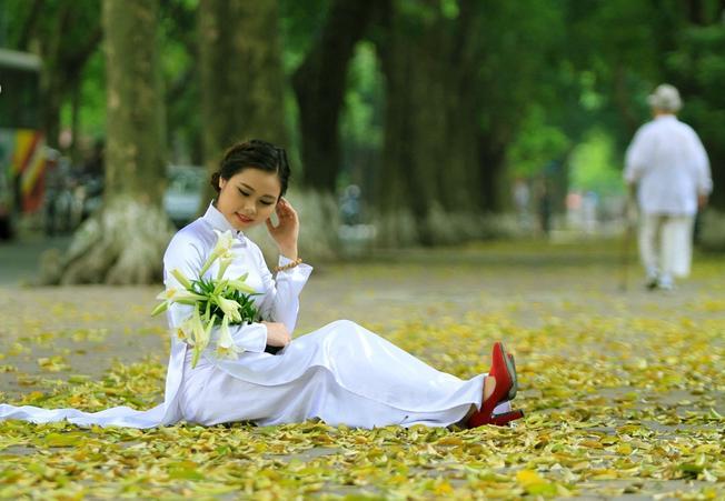 Dấu thu bên tà áo dài Những thiên đường chụp ảnh mùa thu ở Hà Nội