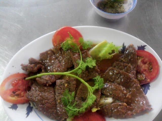 Món ăn gié bò nổi tiếng (Ảnh ST)