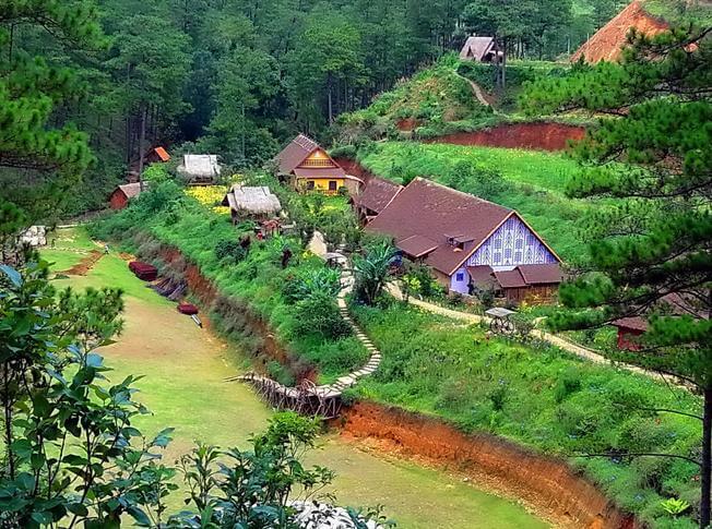 Địa điểm du lịch Đà Lạt - Làng Cù Lần