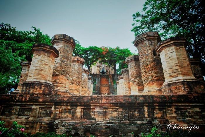 Quần thể kiến trúc độc đáo của Tháp Bà Ponagar Nha Trang (Ảnh: chuongtv)