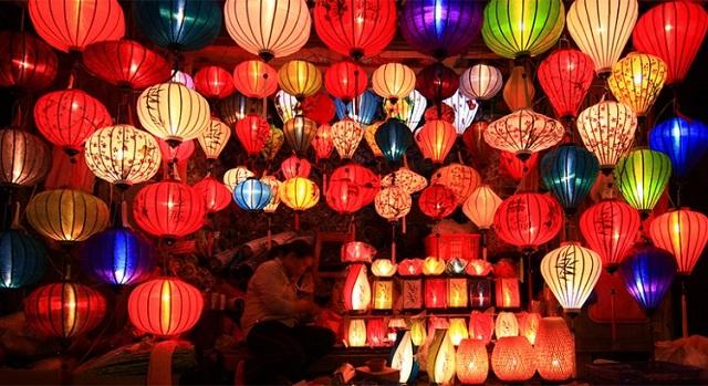 Những khu phố đèn lồng rực rỡ sắc màu