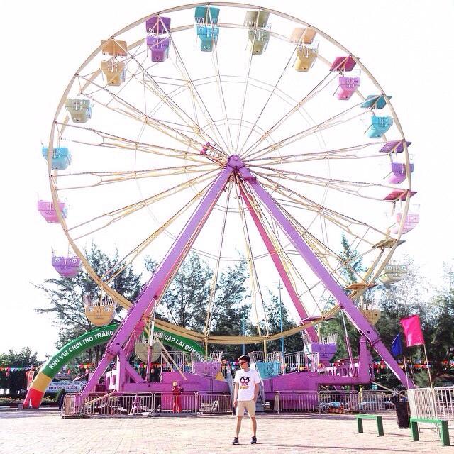 Vòng quay khổng lồ của khu công viên Thỏ Trắng (Nguồn sưu tầm)