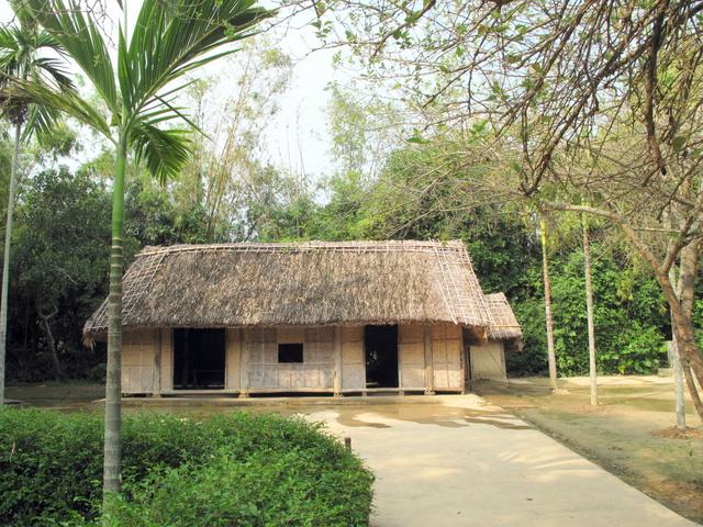 Địa điểm du lịch Nghệ An: Làng Sen Quê Bác