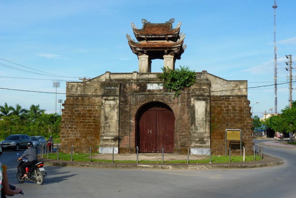 địa điểm du lịch nghệ an: Thành cổ vinh