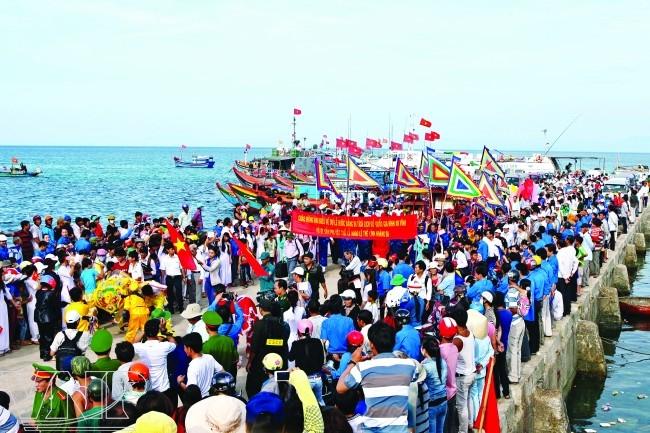 Du lịch đảo lý sơn với các lễ hội (Nguồn sưu tầm)