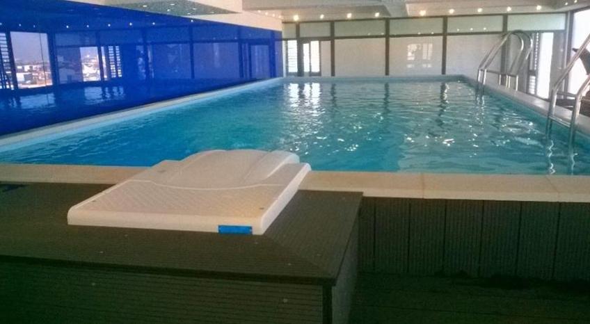 Bể bơi của khách sạn (nguồn sưu tầm)