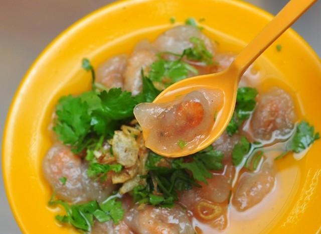Thưởng thức món bánh bèo Hà Tĩnh