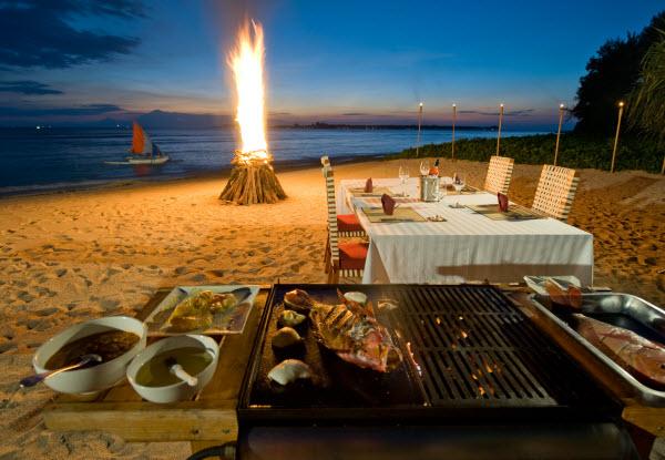Tiệc nướng BBQ bên bờ biển ở đảo Cô Tô trữ tình