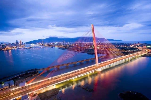 Vẻ đẹp đầy quyến rũ của cầu Trần Thị Lý