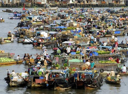 Điển hình chợ nổi trên sông ở đồng bằng nam bộ
