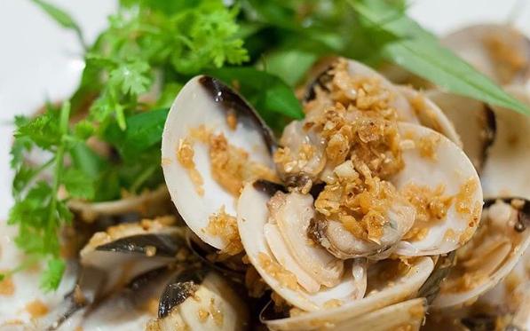 cẩm nang du lịch vũng tàu với các món hải sản tươi ngon (Ảnh: ST)