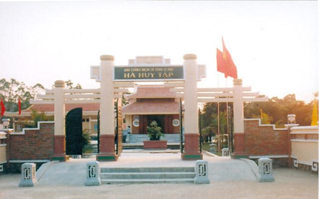Khu di tích lịch sử tưởng niệm đồng chí Hà Huy Tập