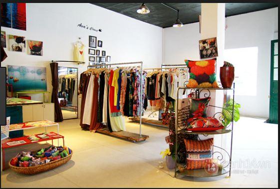 tập hợp các gian hàng theo từng chuỗi như Gian hàng bán gối, túi xách, ví