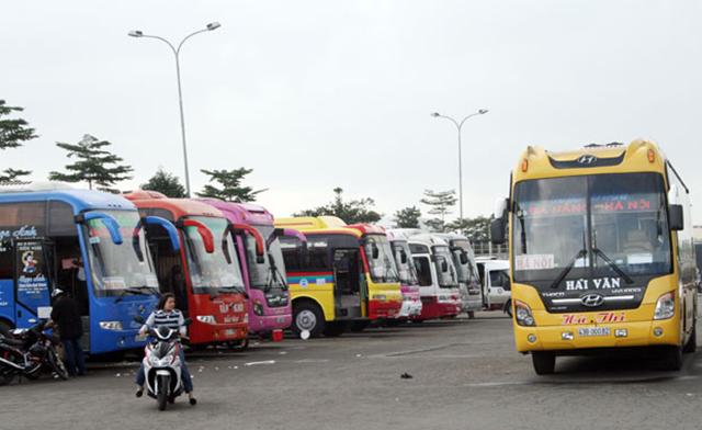 Xe khách cũng là một lựa chọn thông dụng để di chuyển tới Đà Nẵng (Ảnh: Sưu tầm)