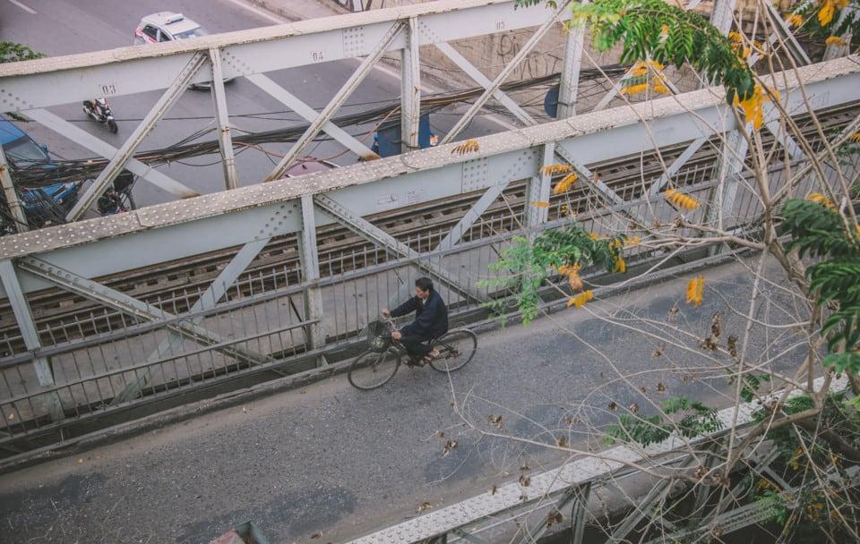 Cây cầu đã chứng kiến những vui buồn của Thủ đô