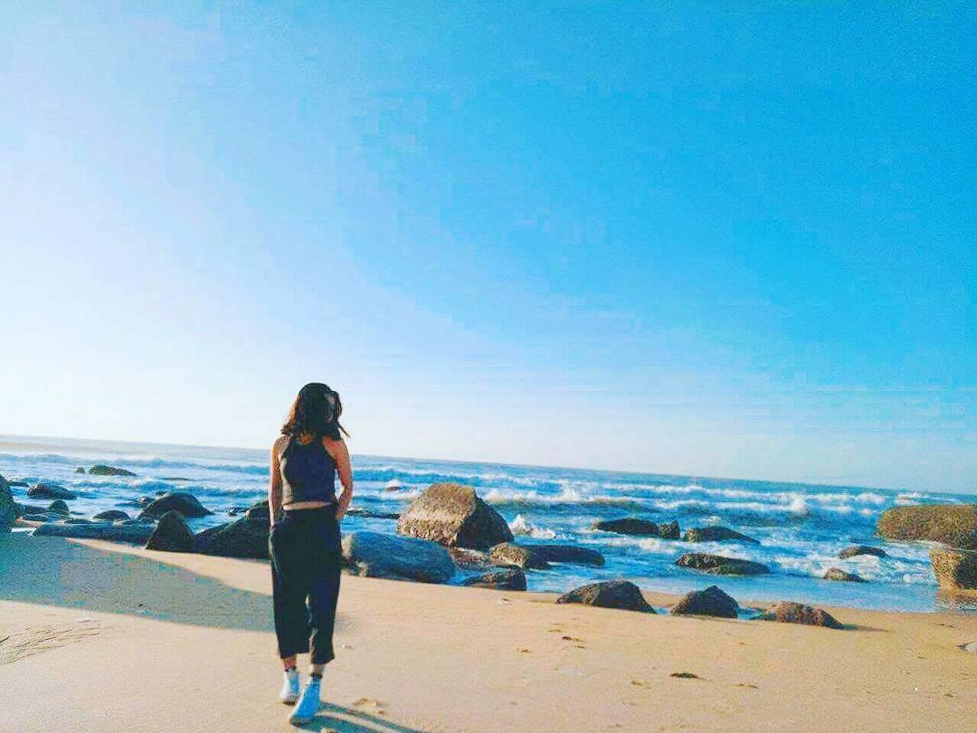 Tạo dáng thật đẹp bên bãi biển Đèo Nước Ngọt Bà Rịa Vũng Tàu (Ảnh: ST)