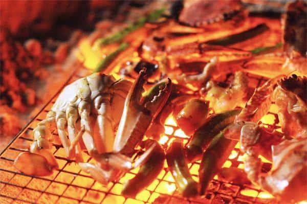 Thưởng thức BBQ ngon miệng (Ảnh: ST)