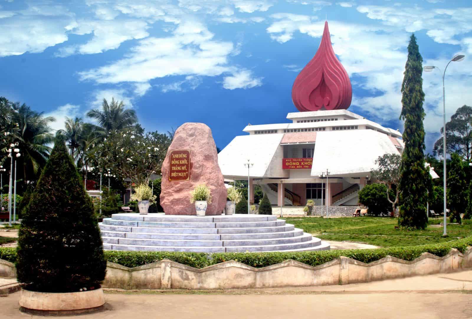 Làng du kích Đồng Khởi địa điểm du lịch đẹp(Ảnh: ST)