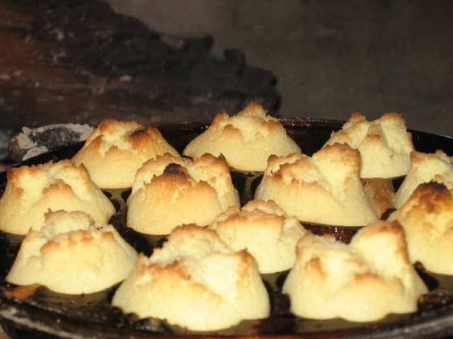 Nhìn những chiếc bánh thuẩn chín vàng đặc sản quảng ngãi