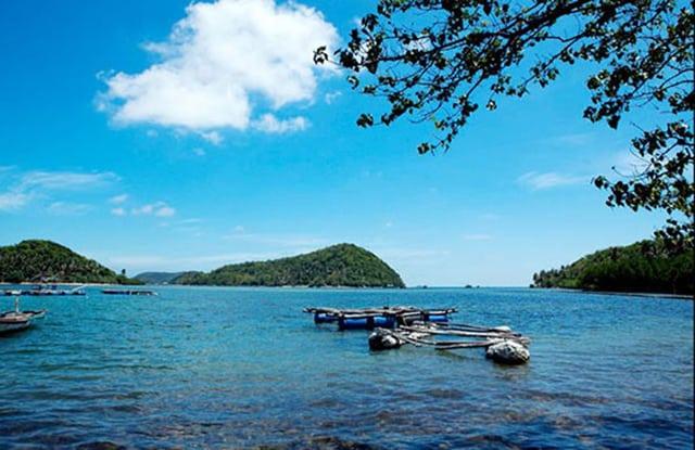 Nước biển xanh trong ở đảo Hải Tặc Hà Tiên Kiên Giang(Ảnh sưu tầm)