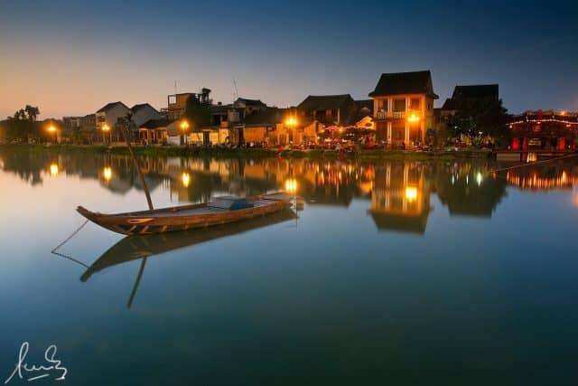 Sông Hoài Chùa Cầu phố hội