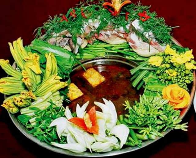 Đặc trưng món lẩu rau rừng Đăk Lăk